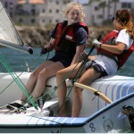 girls_sailing_1